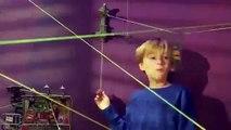 Playmates Toys - Ninja Turtles - Z-Line Ninjas - Fire Escape Free Wall & Water Tower Washout