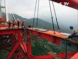 Voici le pont le plus haut du monde. Vertigineux
