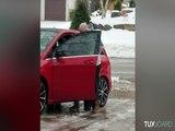 Le plus dur au Canada : essayer de rentrer dans sa voiture !