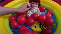 Mell Chan Baby Girl Fun Playing Ball Pit Baby Doll Bath Time & Learn Colors BABY DOLL