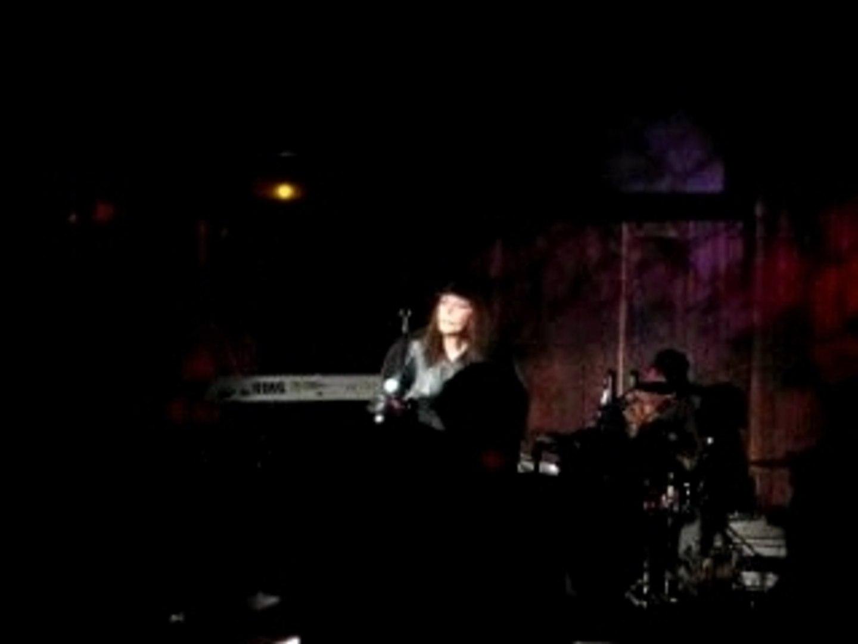 Brigitte Fontaine en concert à la Balle au bond (Paris) 4