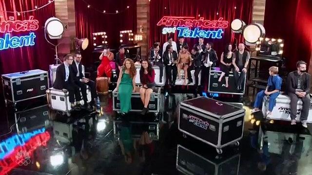 Americas Got Talent 2016 - Team Malevo Got the Golden Buzzer-9RgsvH9aYKU
