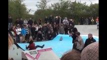 Mis KO par une planche de skate... En pleine tête!