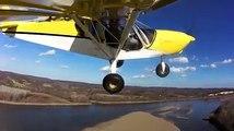 Off airport flying: landing on a river sandbarOff airport: landing and take-off from Missouri River sandbar