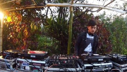 Kosmo DJ Set - Quarto/Fresta Florianópolis