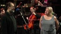 """La troupe """"Un violon sur le toit"""" : Un jour s'en vient, un jour s'en va par Patrice Berger, Pati Helen-Kent, Sarah Manesse, Julien Husser et les chœurs"""