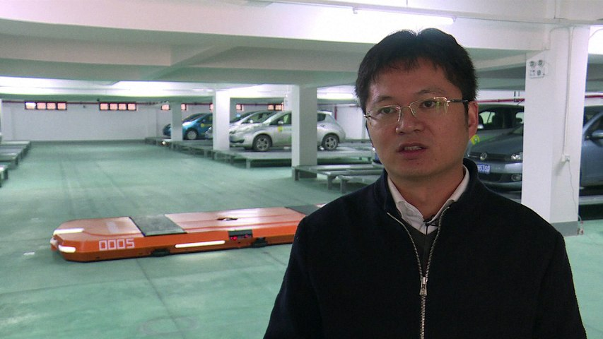 En Chine, des robots garent tout seuls les autos