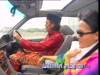HARI RAYA SUDAH TIBA - TIMANG TINGGI-TINGGI [Official MV]