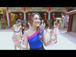 庙宇朝拜 M-Girls 2017 贺岁专辑《过年要红红》Reddish Chinese New Year (Official MV)