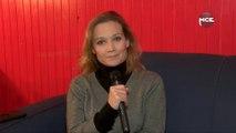 """Caroline Vigneaux: une humoriste qui """"a quitté la robe"""" d'avocat"""
