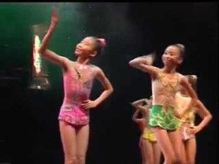 中东风情舞蹈 -- 儿童艺能全国大赛 2008 (Official MV)