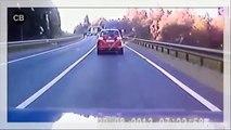 Car accidents Fatal car crashes Brutal Car Crash Compilation!!! (2)