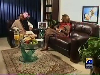 Altaf Hussain Singing for Bushra Ansari During an Interview !