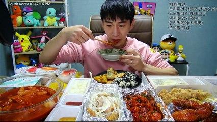 BANZZ ▼ Nene Chicken New Menu Mukbang(Eating Show-Social Eating) | 밴쯔▼ 네네치킨 신메뉴 크리미언 핫블링 + 엽기떡볶이 먹방!