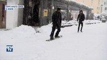 Luge, snowboard et bonhommes de neige: les Corses profitent de la neige
