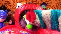 PJ Masks Owlette Turns into a Pumpkin! Halloween Toy Surprises & Candy!