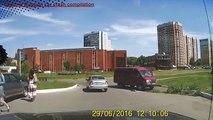 Dumb driver and Dumber russian drivers ✦ Drivers Idiots Compiltion