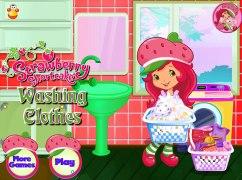 Strawberry Shortcake Washing Clothes Strawberry Shortcake Ga