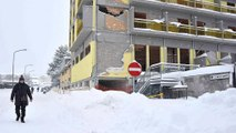 Olaszország: a hó fogságában a földrengés sújtotta lakosság