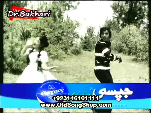 Shararat - Mehnaz and Ahmed Rushdi sing Har Larka hota hay Chabi ka Khilona