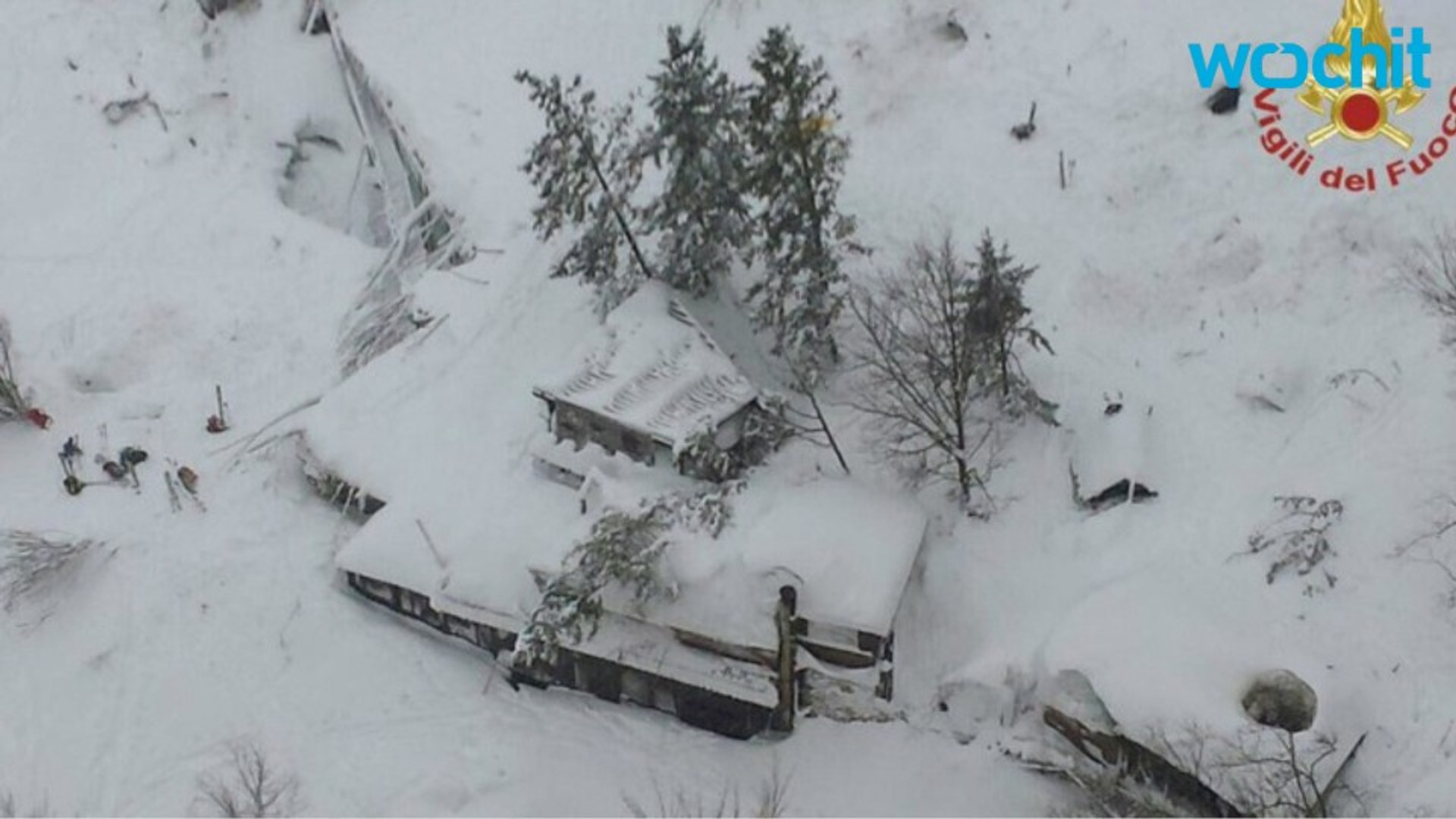 Massive Avalanche Buries Italian 4 Star Hotel