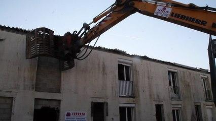 Beauvais :  Destruction de la cité de l'urgence, une page se tourne