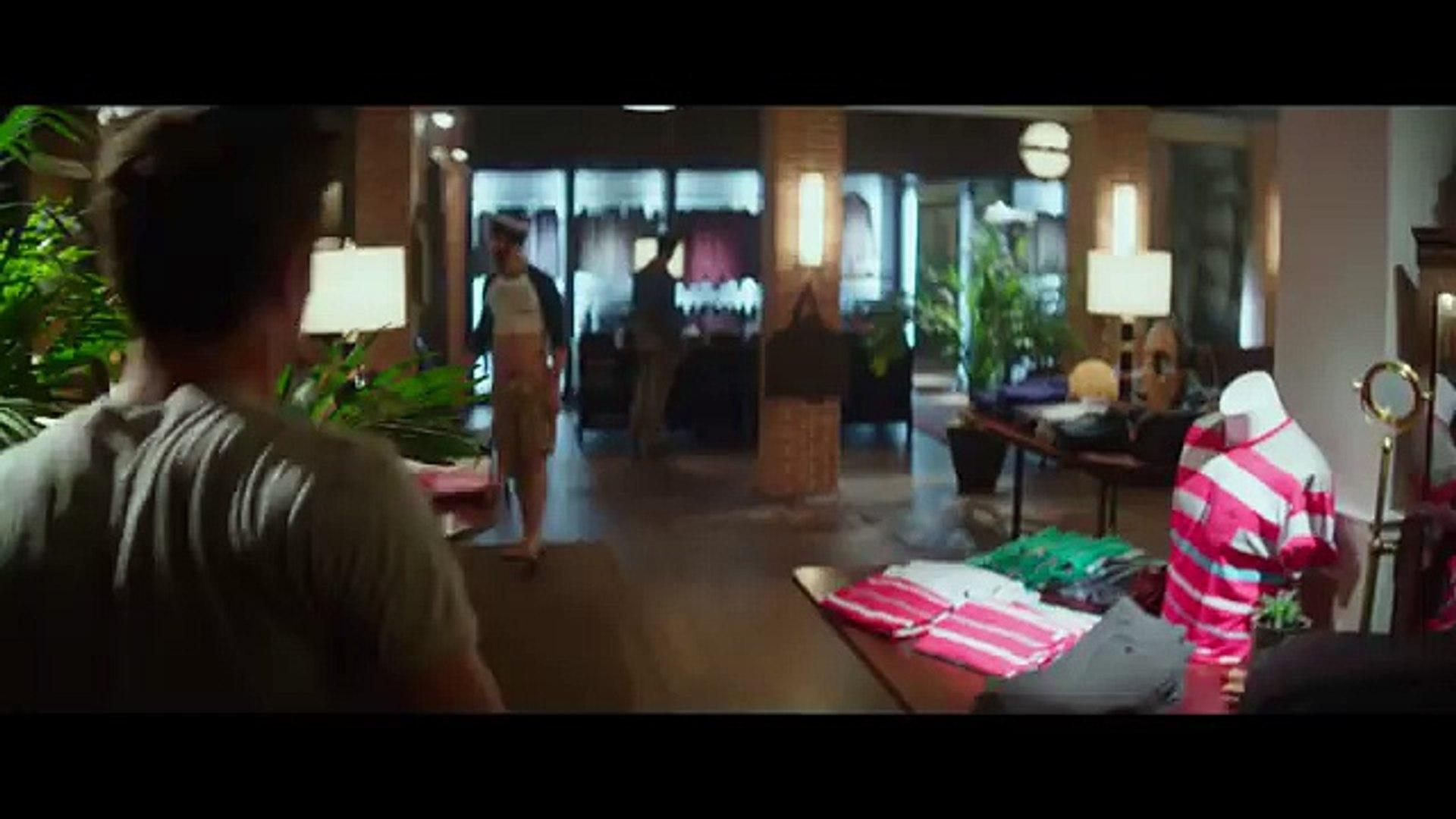 Zac Efron & Cameron Dallas - Neighbors 2 (Deleted Scene)