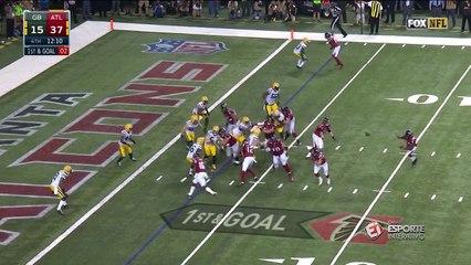 Tevin Coleman dispara para marcar o sexto touchdown do Falcons