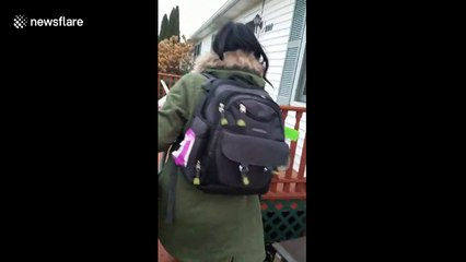Mum acts hilariously shocked when her daughter surprise visits her