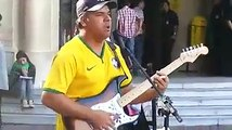 Sultans Of Swing - (Dire-Straits) Brazilian Street Musician (Willian Lee)