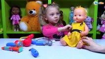 Беби Борн и Ненуко. Куклы на приеме у доктора Ярославы. Видео для детей. Baby Born & Nenuco Dolls