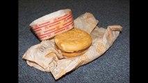 Il découvre un vieux cheeseburger McDonald vieux de 20 ans