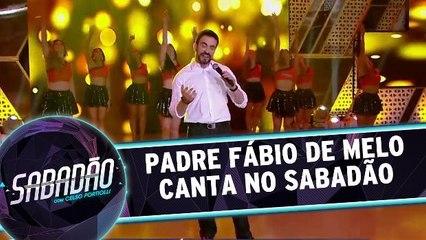 Padre Fábio de Melo canta no Sabadão!
