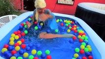 Frozen Elsa vs Gelli & Slime Baff! w/ Spiderman, Joker, Poison Ivy Bath! Funny Superheroes