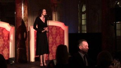 Monaco Méditerranée Foundation: Christelle Loury chante Piaf