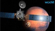 Swirling Spirals On Mars' North Pole