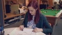 Atteinte par la maladie de Parkinson, elle peut enfin écrire son prénom grâce à une invention