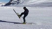 Cet homme est vraiment très fort en ski !