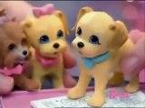 Mattel - Barbie y sus Perritos Pis Pis & Polly Pocket Isla Divertida y Barco Isla Divertida