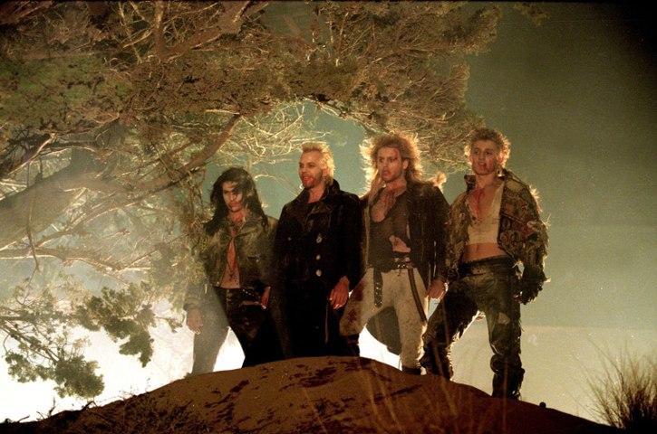 Jóvenes ocultos (The Lost Boys) |1987| - Trailer subtitulado en español