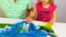 БАССЕЙН у НАС ДОМА ! Водный ПАРК с Немо ! Как дома сделать Бассейн Видео для Детей-Myq-QUDjVBA