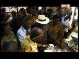 Le 1er Ministre et des membres du gouvernement en visite dans les marchés d'Abidjan