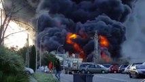 Gigantesque incendie dans une usine de produits chimiques à Paterna