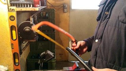 come tagliare i tubi acqua in pvc (plastica)