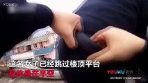 Un Chinois empêche sa femme de se suicider en l'attrapant par sa queue de cheval