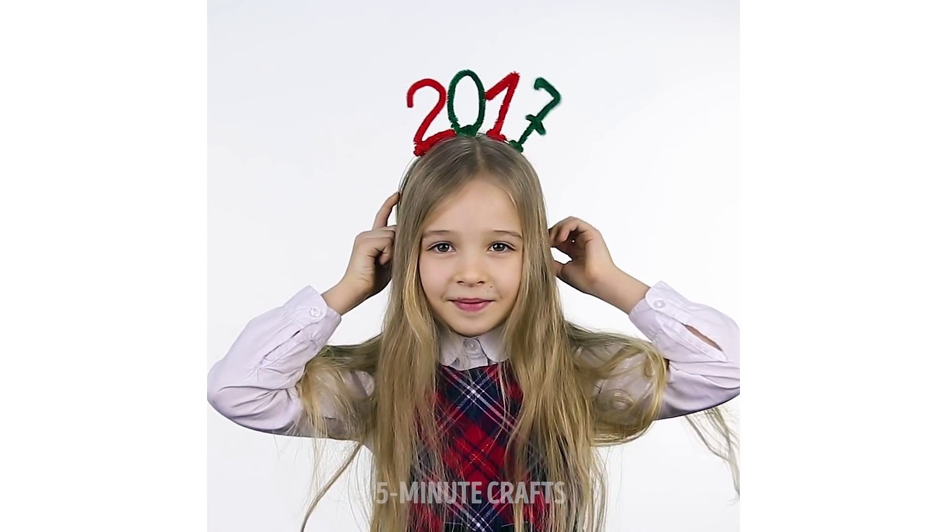 5 Minutes Crafts Creative Christmas Hairstyle For Little Girls