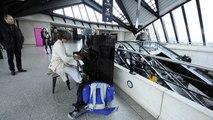 La pianiste de la gare Lyon - Saint-Exupéry