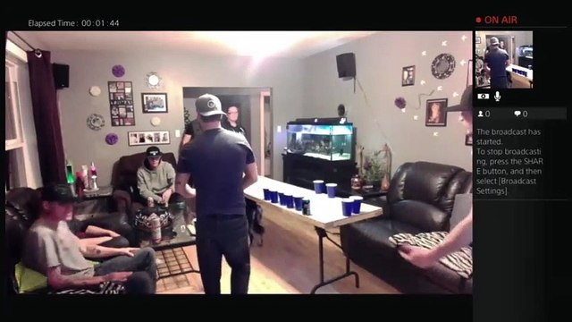 Beer pong in the living room (33)
