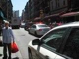 Voiture NYPD coincée dans les embouteillages