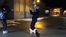 Un policier fait une battle de danse en pleine rue